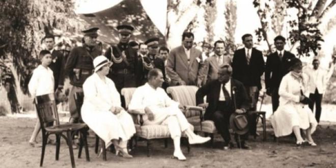 Atatürk'ün sevdiği şarkı ve türkü sözleri