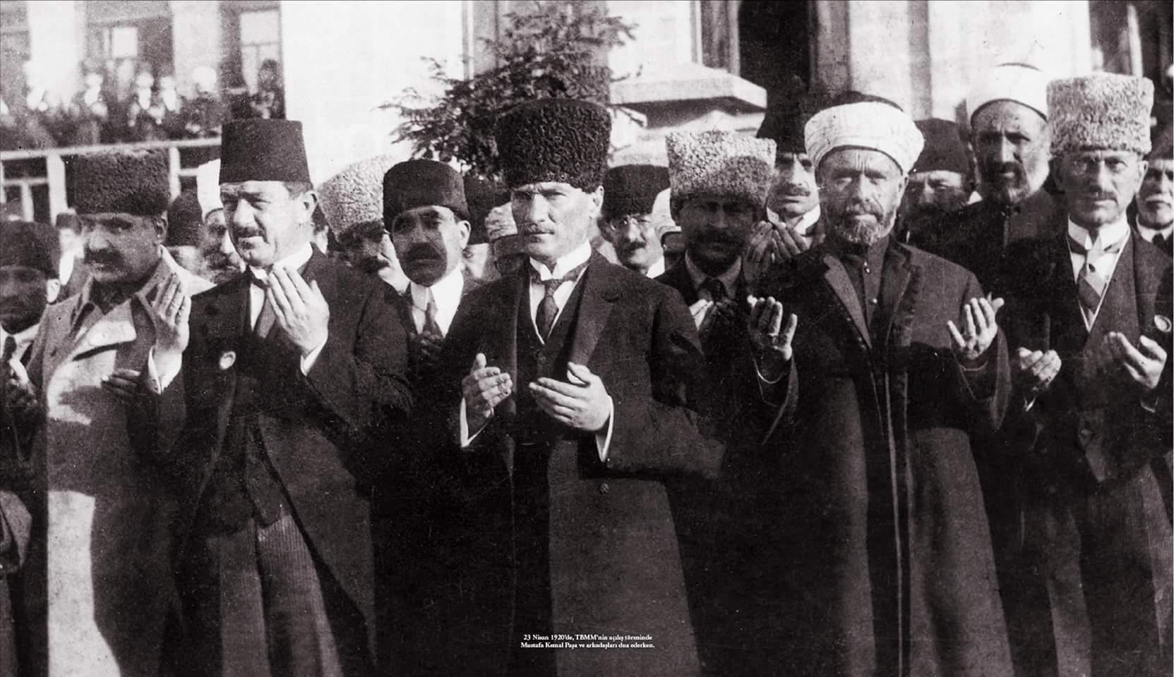 Atatürk'ün Din ve Laiklik üzerine sözleri