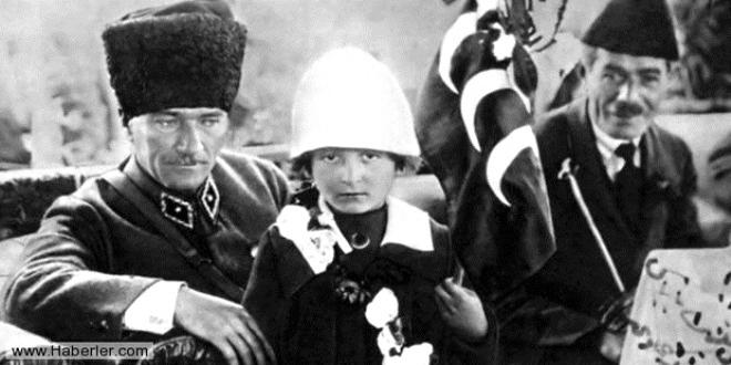 Atatürk ve Cumhuriyet, Prof. Dr. Hamza Eroğlu