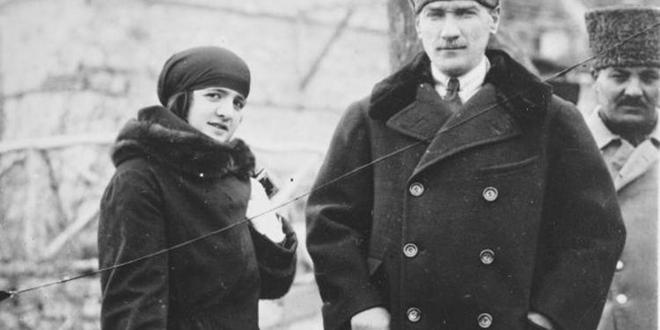 Atatürk'ün Latife hanımla evliliği
