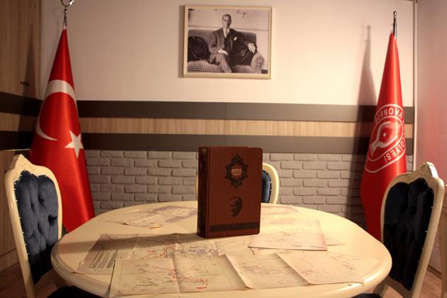 Bornova-Belkahve-Atatürk-Anıtı